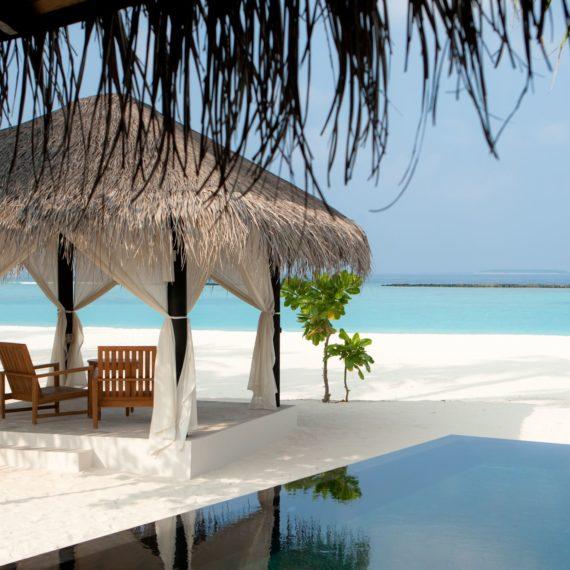 Deluxe Beach Pool Villa