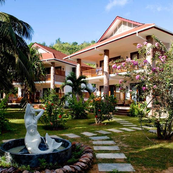 batiments hôtel principal