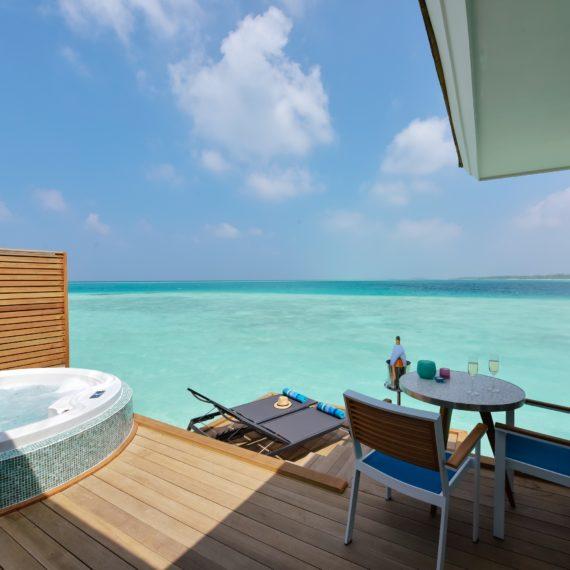 Aqua Villa avec bain à remous